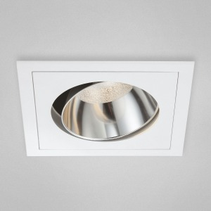 LED traditional recess light with square trim